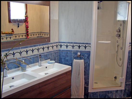 La salle de bain <COQUELICOT>